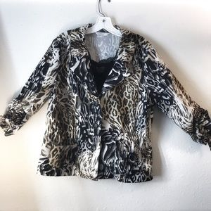 🧩Animal print woman's 3/4 sleeve blazer and tank